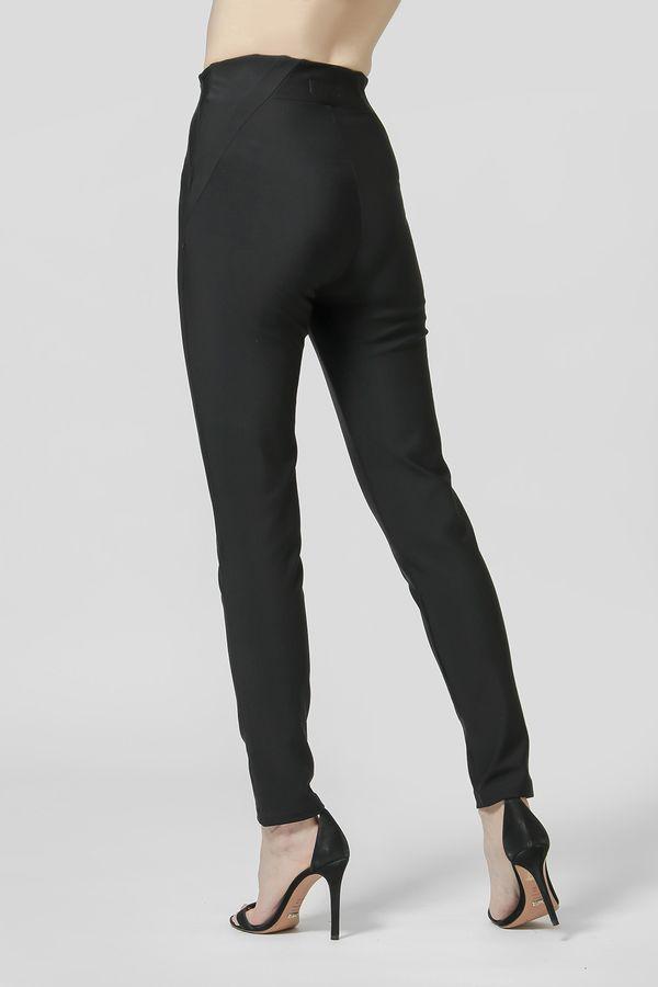 Calca-Skinny-Detalhe-Assimetrico-Lateral